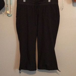 Pants - Black Active Capris